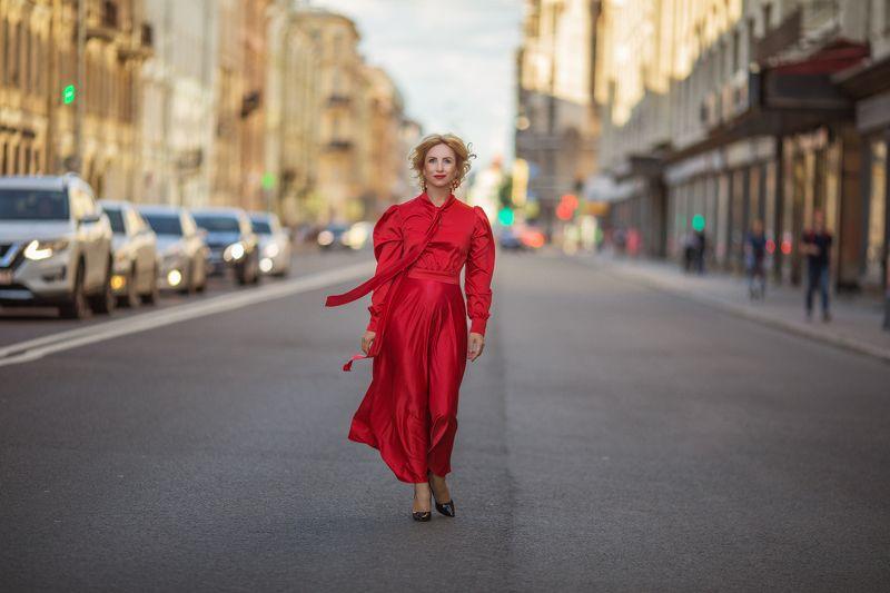 питер,санкт-петербург, девушка в красном , девушка, красное платье, pretty woman, red dress, woman,walking Пешком по Московскомуphoto preview