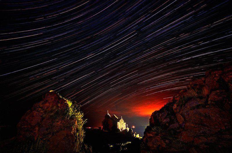 Армения, Звезда, Звезды, Ночь, Свет, Храм, Церковь Древний монастырь Айраванкphoto preview