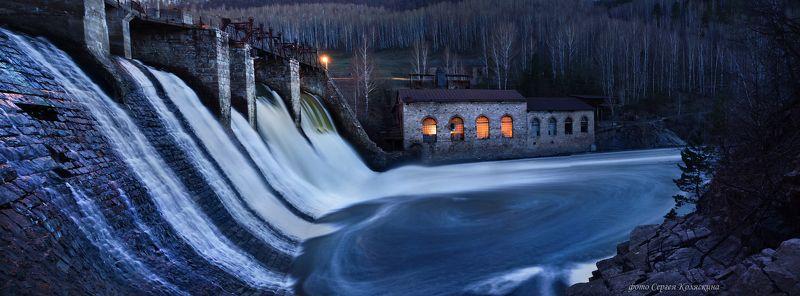 пороги, фотограф сергей коляскин, водоворот, панорама, гэс, гидроэлектростанция Водоворот   (панорама из 6 кадров)photo preview