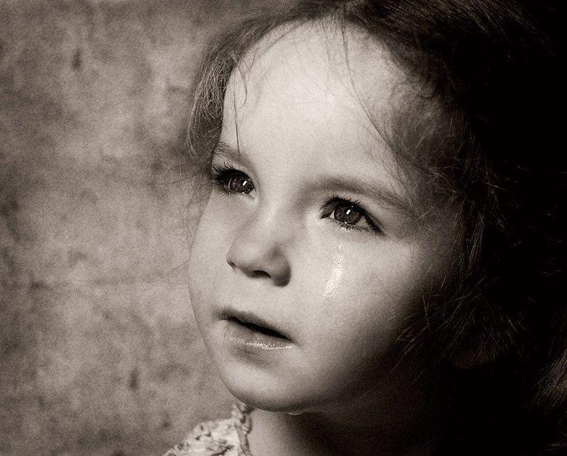 портрет, ребенок, девочка, слезы, обида Про детские слезыphoto preview