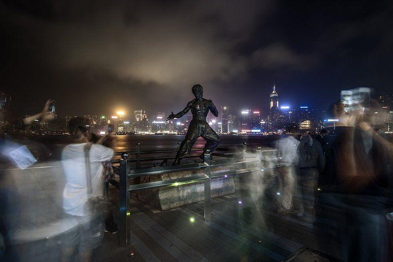 Bruce lee hong kong kowloon aven Bruce Leephoto preview
