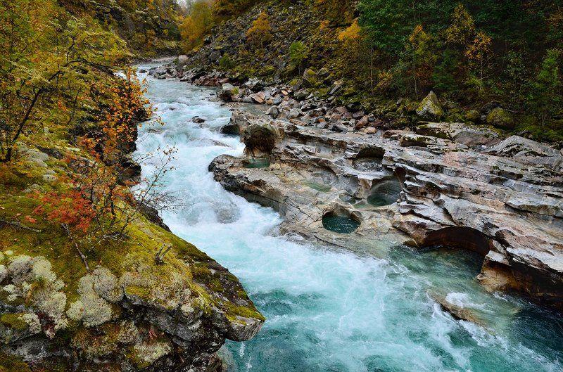 норвегия, река, jostedøla Каменные колодцы реки Jostedølaphoto preview