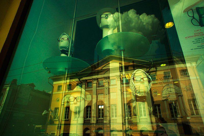 tarbeev, тарбеев, витрина, отражение, москва, улица, здание, стрит, манекен, пустота Пустотаphoto preview