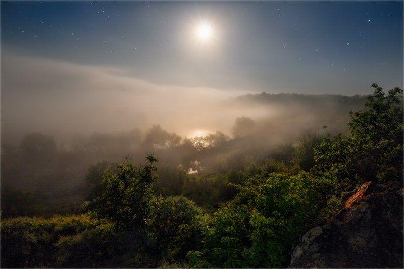Ночь на Южном Бугеphoto preview