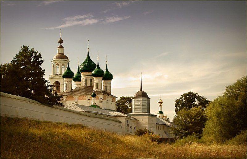 россия, женский монастырь, август 2006 * * *photo preview