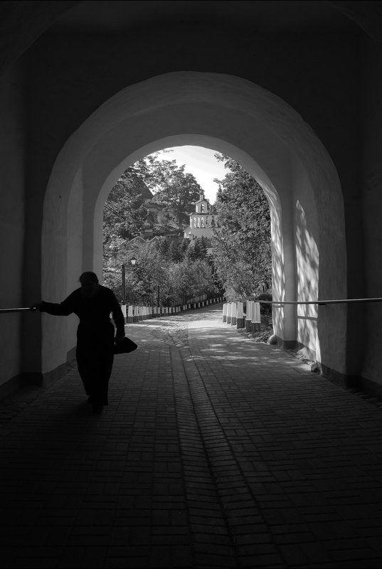 печоры, монастырь Паломникphoto preview