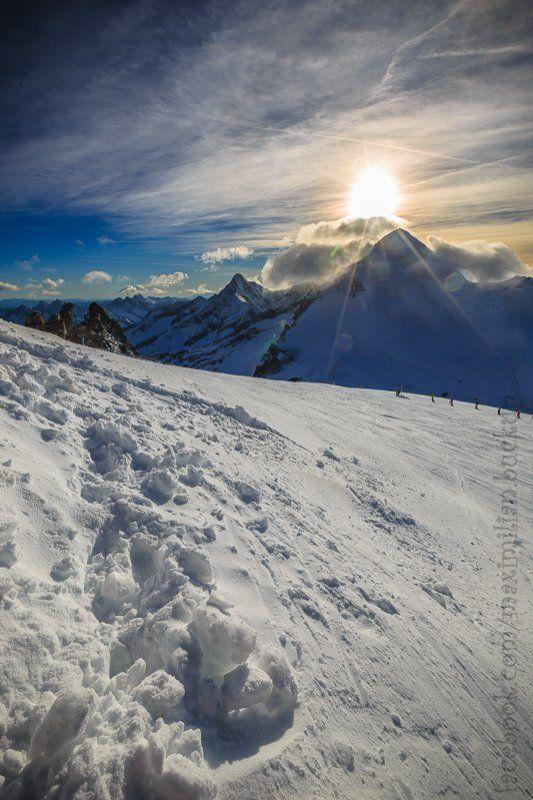 австрия, горы, альпы, ледник, открытие горно-лыжного сезона в Tuxe...photo preview