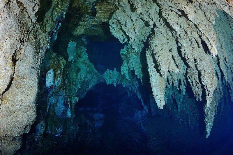 Палау. Пещера Канделябров.photo preview