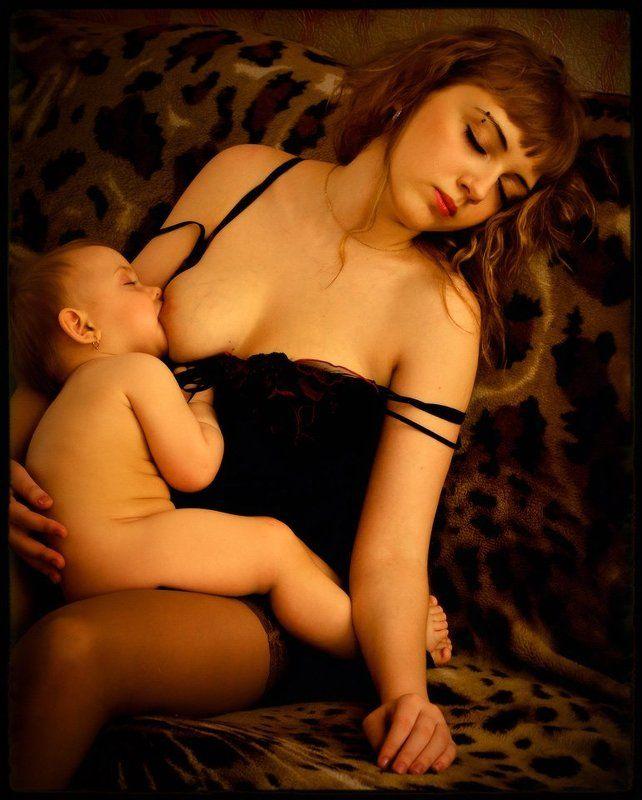 Vierge et l\'Enfant Endormis (Dans la Clef d\'Or)photo preview
