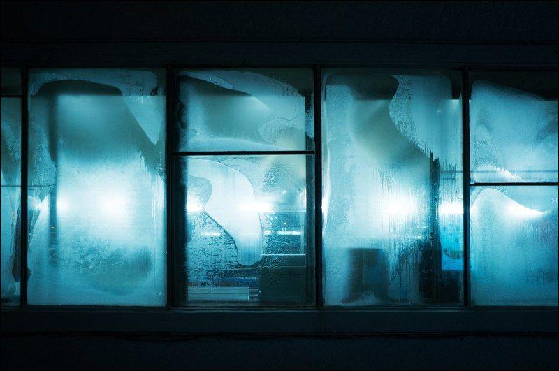 Тарбеев, tarbeev, холод, метро, окна, изморозь, мороз, узоры Холод IIphoto preview