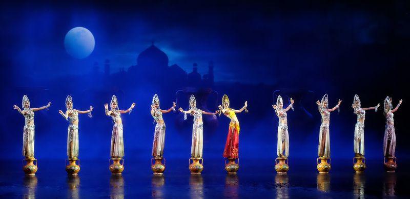 Восток, Танец Восточные фантазииphoto preview