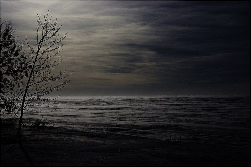 мрачно-тоскливаяphoto preview