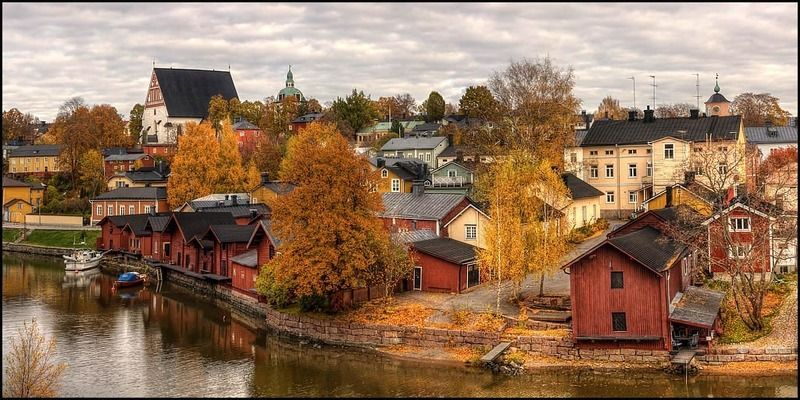 Осень в старом городеphoto preview