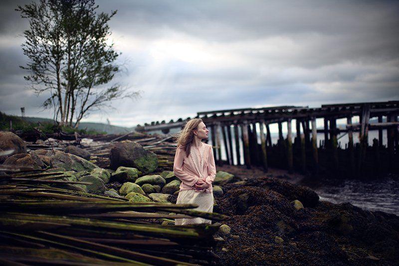 girl freedom sea bridge sky air breeze stone ...photo preview