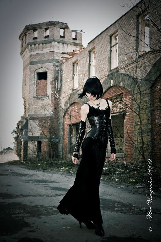 призрак, старого, замка, готика, развалины, девушка призрак старого замкаphoto preview