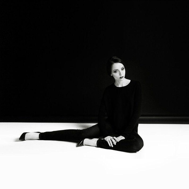 Черное и белоеphoto preview