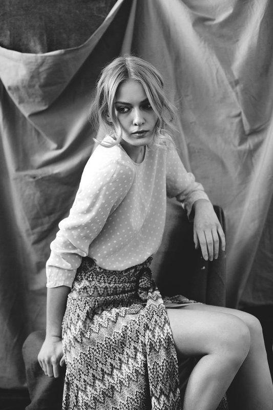 Anastasia en monochromephoto preview