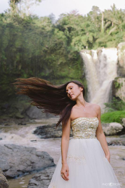 путешествие, свадьба, невеста, образ, девушка, платье, елен цай, elen tsay, бали, wedding, счастьее, нежность, любовь, азиатка, грация, красота, водопад,  photo preview