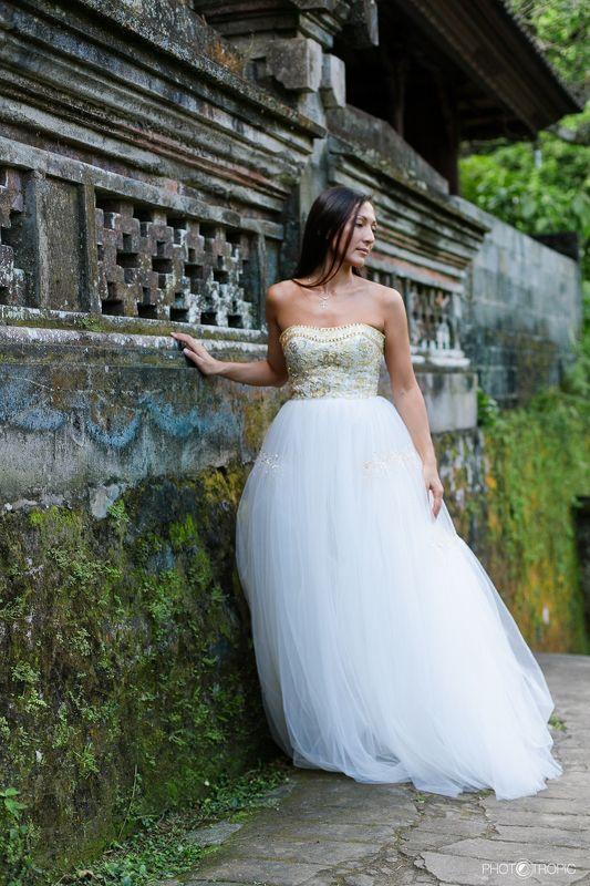 путешествие, свадьба, невеста, образ, девушка, платье, елен цай, elen tsay, бали, wedding, счастьее, нежность, любовь, азиатка, грация, красота, водопад, культура, традиции photo preview