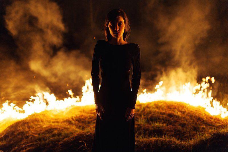 35 мм, Boy, Film, Fire, Girl, Night, Portrait До тлаphoto preview