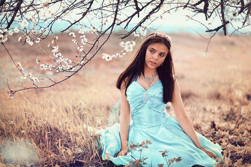 девушка девочка принцесса весна май цветы Принцессаphoto preview