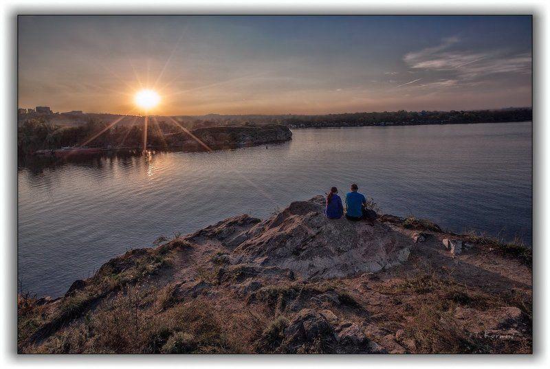 река,двое,вечер,закат,штиль Слушать тишину...photo preview