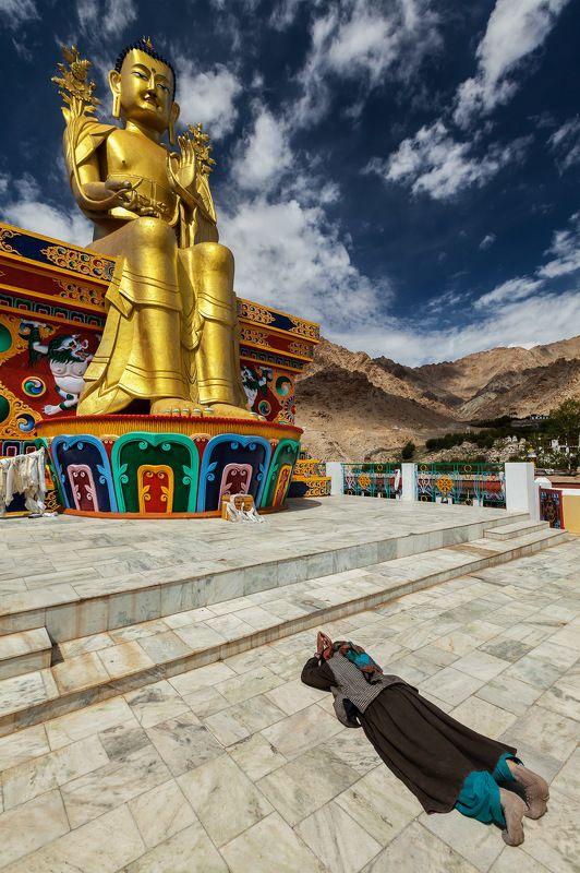 буддизм, будда, ладакх, индия Молитваphoto preview