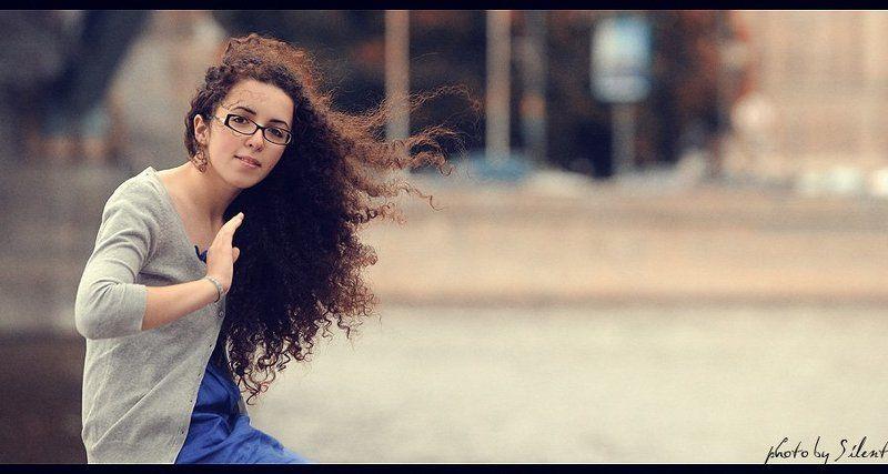 романтическая особа и ветер)photo preview