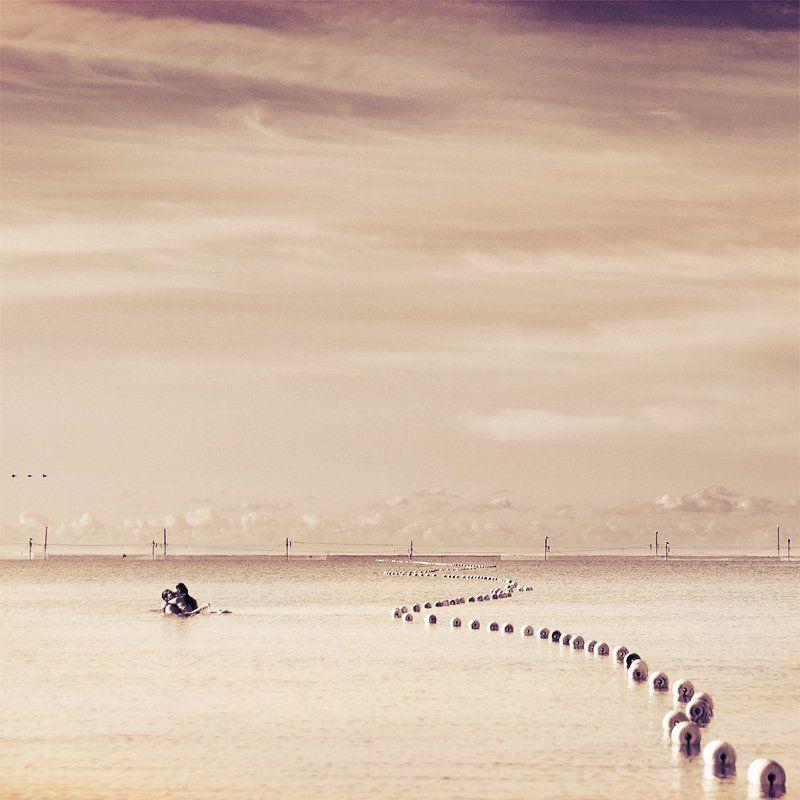море, пара, любовь love in seaphoto preview