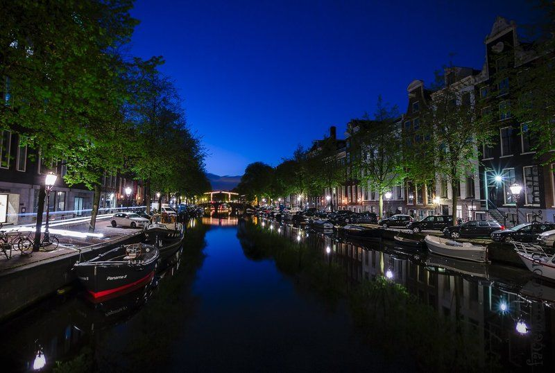 амстердам, голландия, город, прогулка, зарисовка, утро, канал, отражение sketches morning in Amsterdamphoto preview