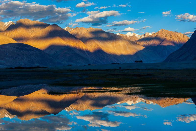 закат, гималаи, ладакх, индия, нубра Закат в Гималаяхphoto preview
