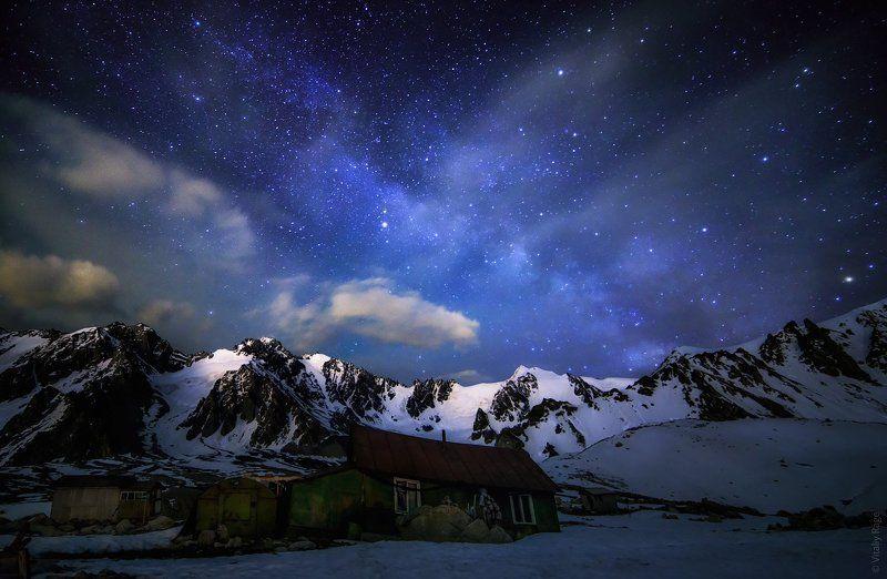 казахстан, алматы, горы, ночь, млечный путь Ночь на гляциологической станцииphoto preview