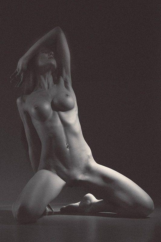 girl, bw, nude, nu, light, cute, pretty, female, studio goddess lightphoto preview