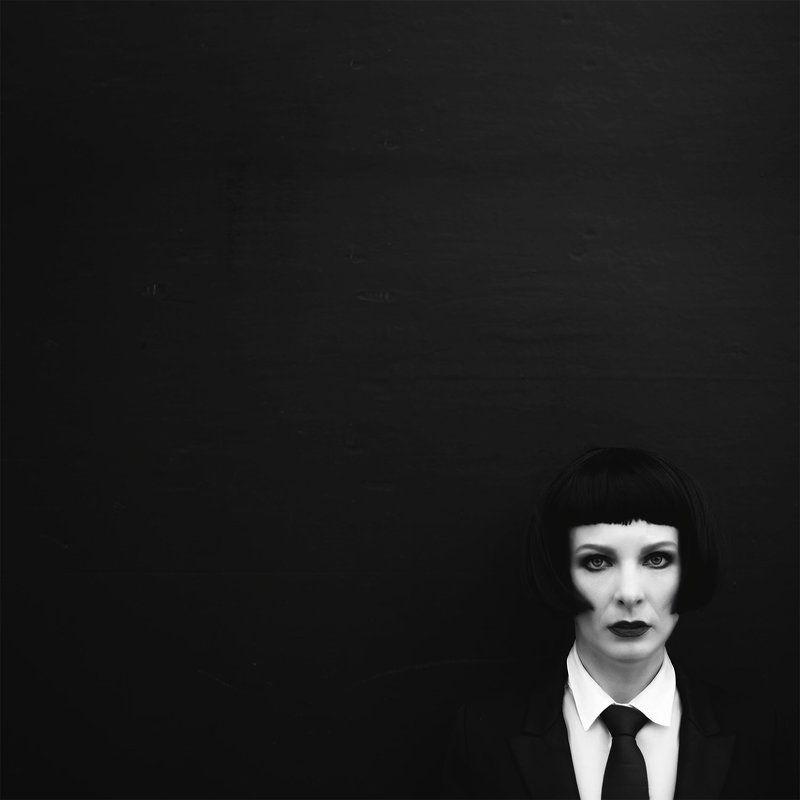 Black squarephoto preview