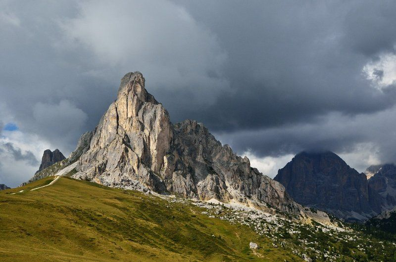 italy, dolomites, passo giau, италия, доломитовые альпы, пассо джау, горы, тучи Passo Giauphoto preview
