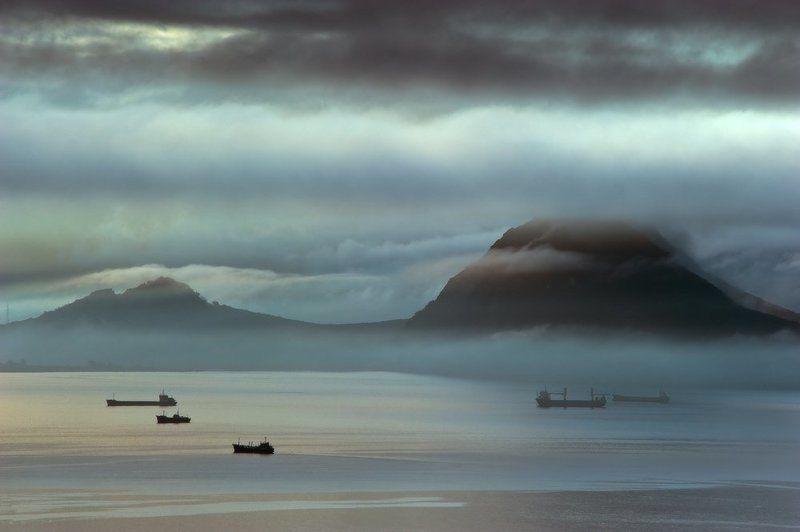 пейзаж море  Туманная бухта Находкаphoto preview