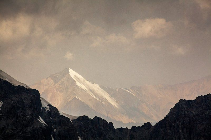 Тянь-Шань, Ала-Арча, Киргизия, Киргизстан, горы, пик, вершина, небо Вершинаphoto preview