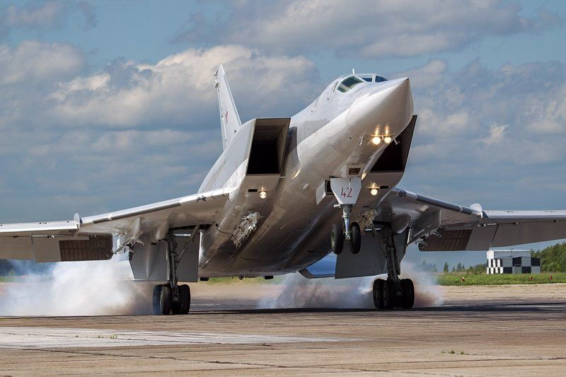 авиадартс, бомбардировщик, ввс, посадка, самолет, ту-22м3, туполев Ту-22М3photo preview