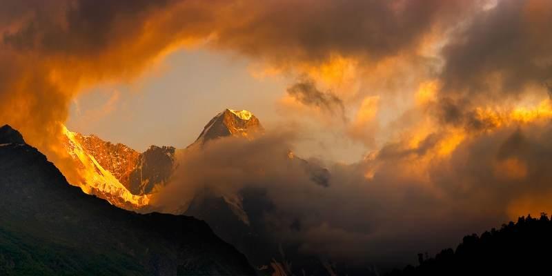 приэльбрусье, горы, закат небесные игры светомphoto preview