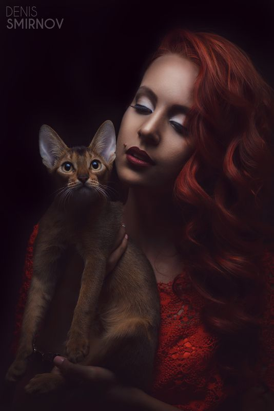 cat, lady, red, red lips, red hair, fashion, beauty, portrait, beautiful, glamour, pretty, sexy portraitphoto preview