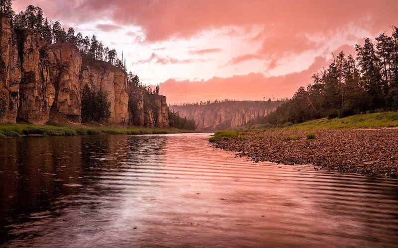 Дождь, Закат, Река Синяя, Синские столбы, Якутия Красный дождь на реке Синейphoto preview