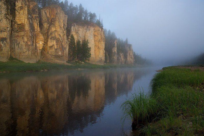 Река, Река Синяя, Синские столбы, Скалы, Туман, Утро, Якутия Туманное утро на реке Синейphoto preview