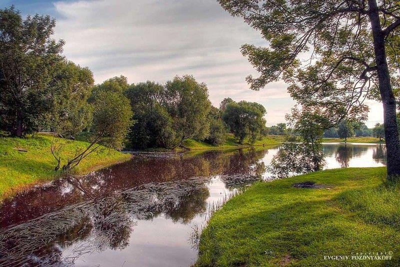 hdr, август, вода, красота, лето, небо, облака, отражение, отражения, пейзаж, петергоф, петродворец, природа, река Багровые рекиphoto preview