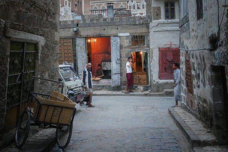 Yemen Yemen | Sana\'a 2005photo preview