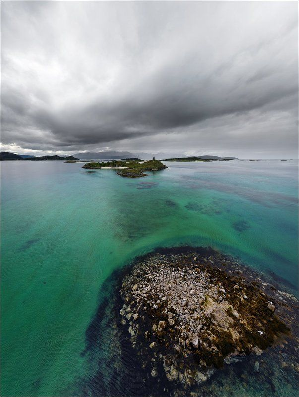 Sommar?y, Бирюзовый цвет, Вода, Небо, Норвегия, Остров, Тучи, Фьорд Противостояние неба и водыphoto preview