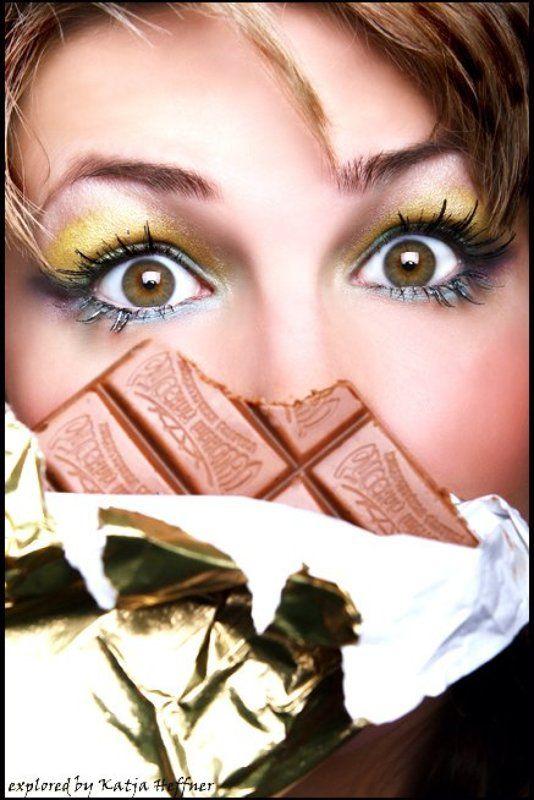 девушка глаза гламур точка запятая русский шоколад, ротик будет радphoto preview