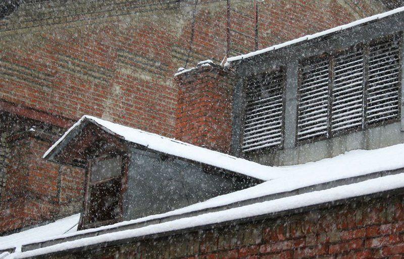 метель снег 8 АПРЕЛЯ. Москваphoto preview