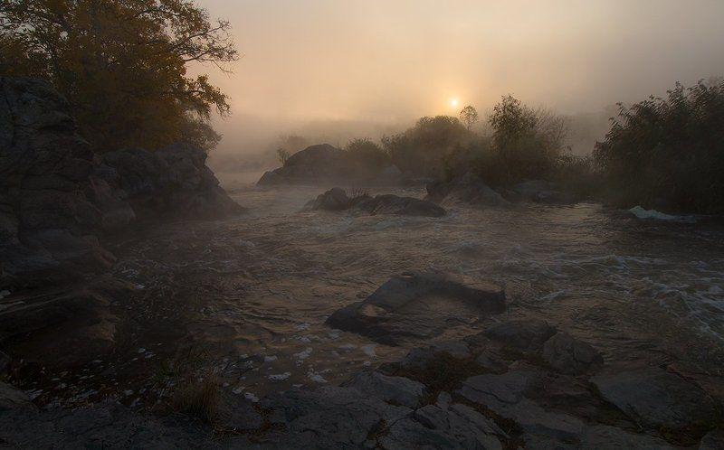 Река. Восход. Утро. Пороги. Этот загадочный Gipanis.photo preview