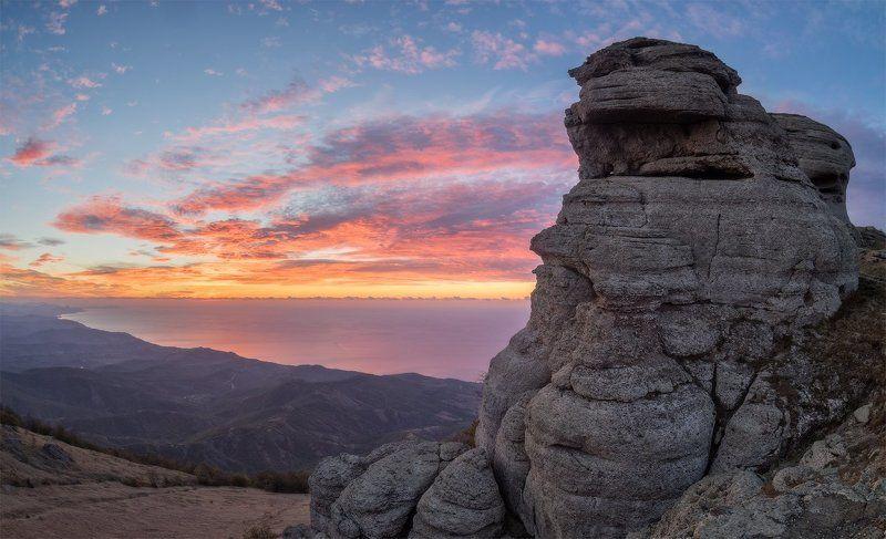Гора, Демерджи, Крым, Море, Облака, Природа, Рассвет Утро в Крымуphoto preview
