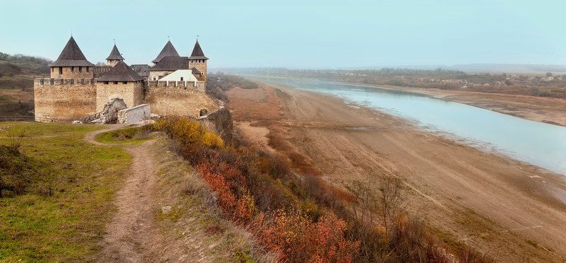 Днестр, Замок, Осень, Птицы, Река, Туман, Хотин Хотинская крепостьphoto preview